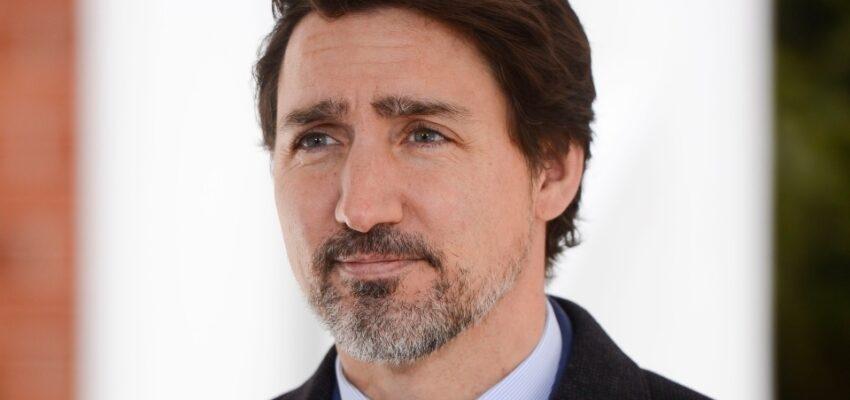 رئيس الوزراء يدعو الكنديين لمحاربة كوفيد-19