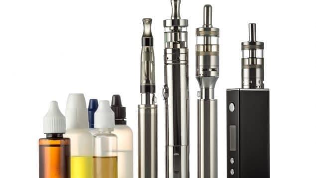 تثير قواعد التدخين الإلكترونى المقترحة ردود فعل مختلطة فى كندا