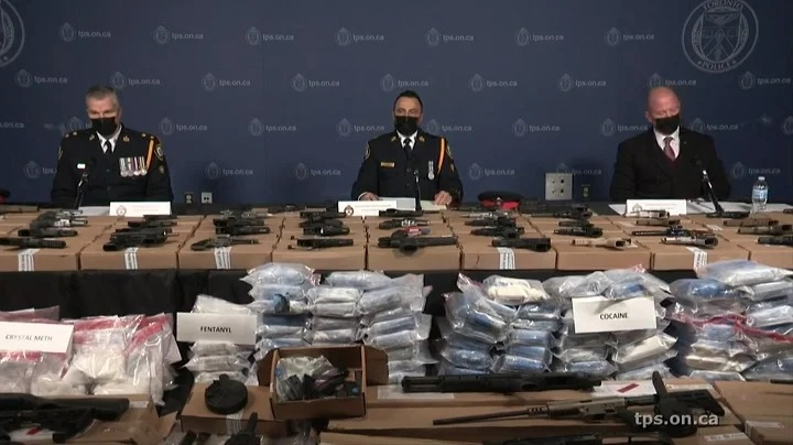 شرطة تورنتو تضبط رقم قياسى بملايين الدولارات للمخدرات والأسلحة