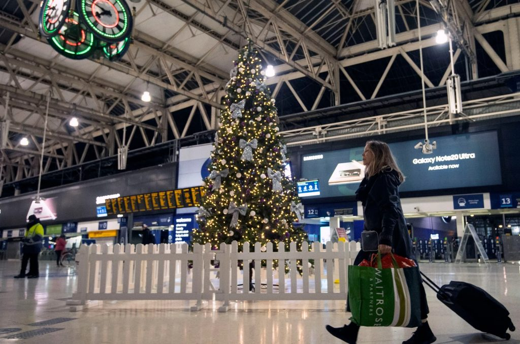 كندا تحظر جميع الرحلات الجوية من المملكة المتحدة