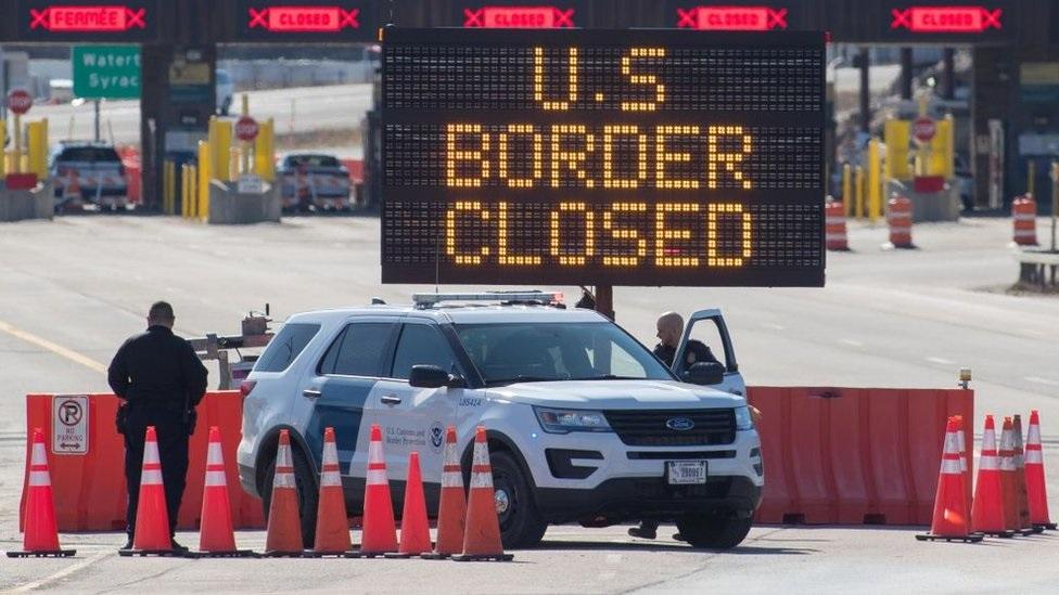 كندا تمدد القيود المفروضة على المسافرين من الولايات المتحدة حتى 21 يناير