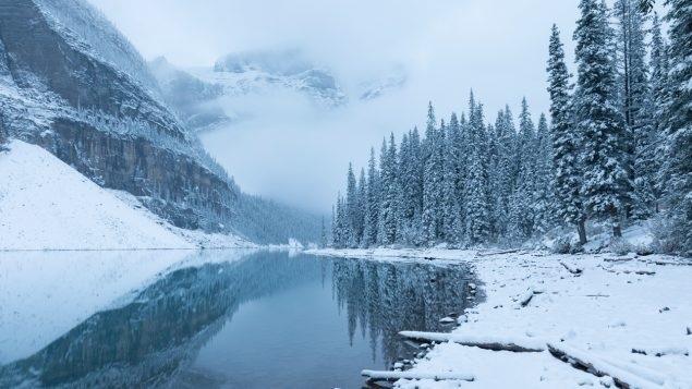 البحيرات الشمالية تخاطر بفقدان الغطاء الجليدى والتأثير على مياه الشرب   دراسة