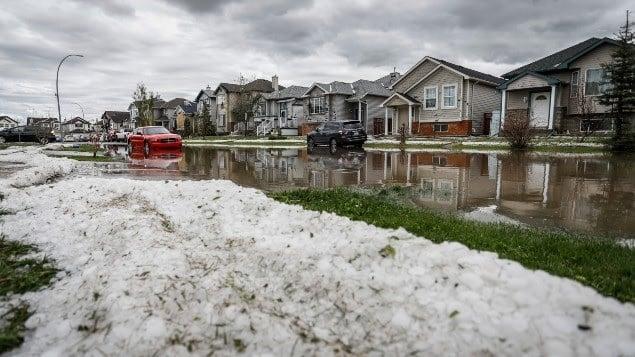 الطقس القاسى فى كندا كلف 2.4 مليار دولار
