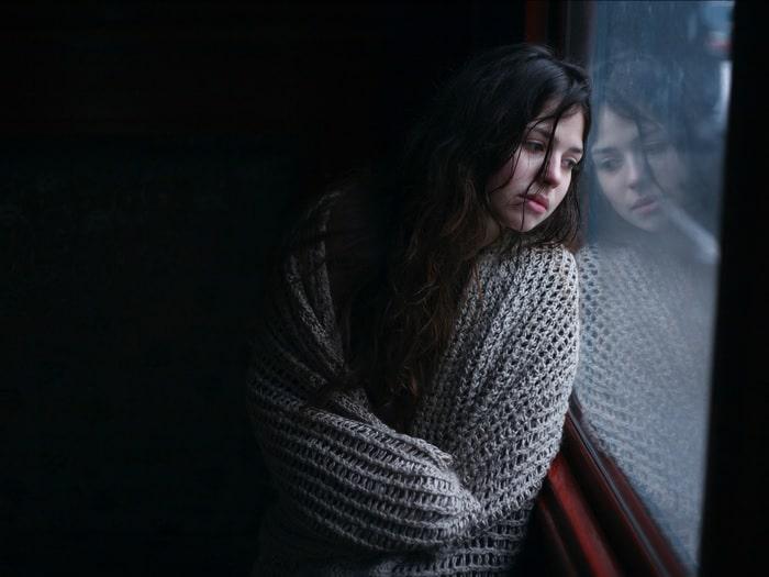 تدهور الصحة العقلية للشباب و النساء و الأقليات بسبب الوباء