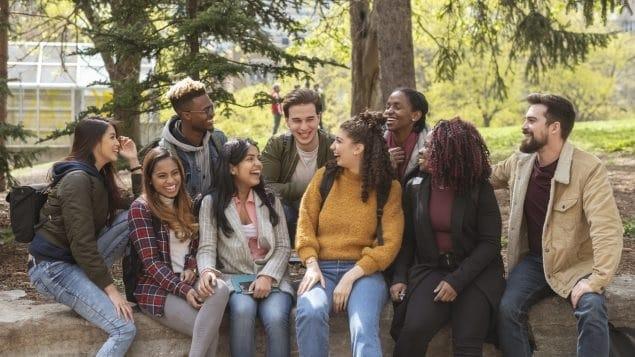 تسهل أوتاوا على الطلاب الدوليين البقاء فى كندا
