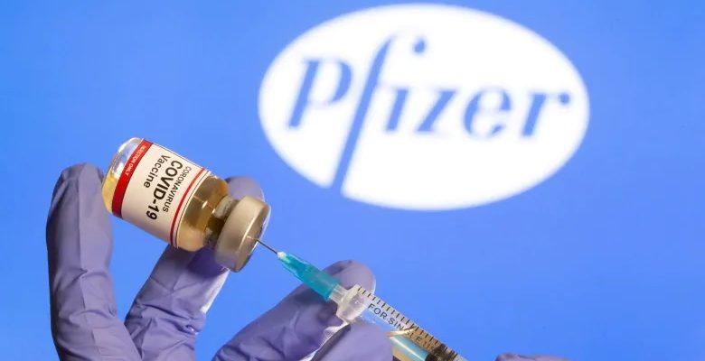 تقلل شركة فايزر من تسليم اللقاحات إلى كندا مع ارتفاع حالات كوفيد-19