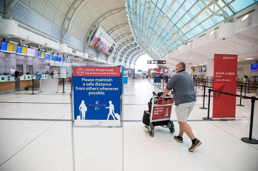 تم إطلاق المشروع التجريبى لفحص كوفيد-19 فى أكبر مطار فى كندا