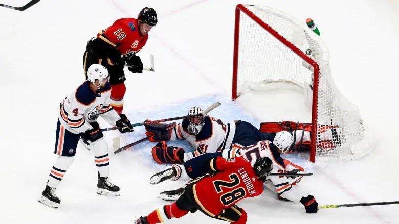 حكومة كولومبيا البريطانية تسمح لدورى الهوكى NHL باللعب فى المقاطعة للموسم القادم