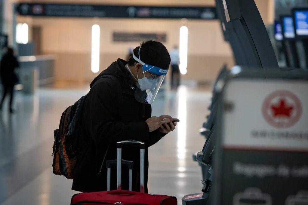 سيحتاج المسافرون إلى كندا الآن إلى اختبار كوفيد-19 سلبي