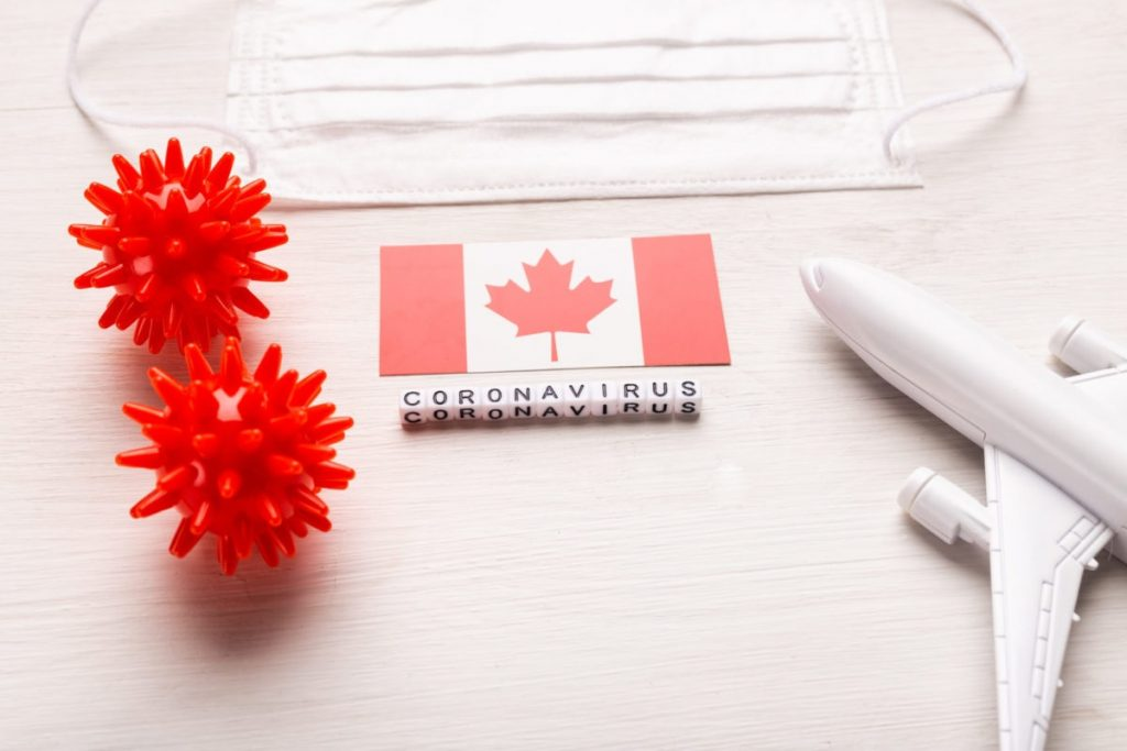 كندا تمدد قيود السفر الدولية حتى فبراير