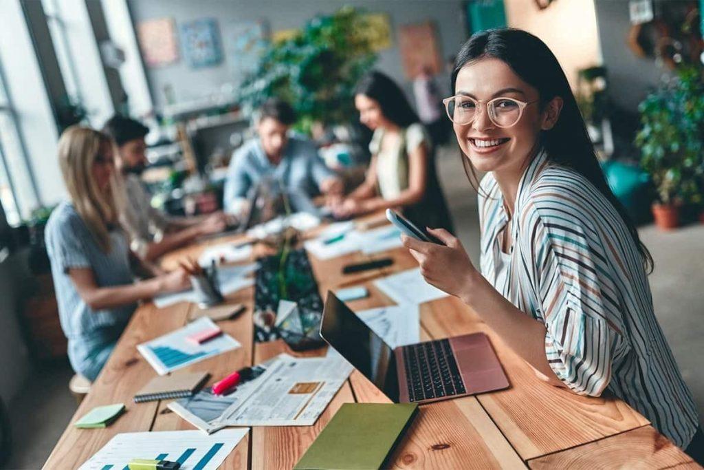 يمكن لحاملى PGWP الآن تقديم طلبات للحصول على تصاريح عمل مفتوحة جديدة