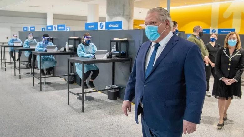 اختبار كوفيد-19 الإلزامى قادم إلى مطار تورونتو بيرسون الدولى