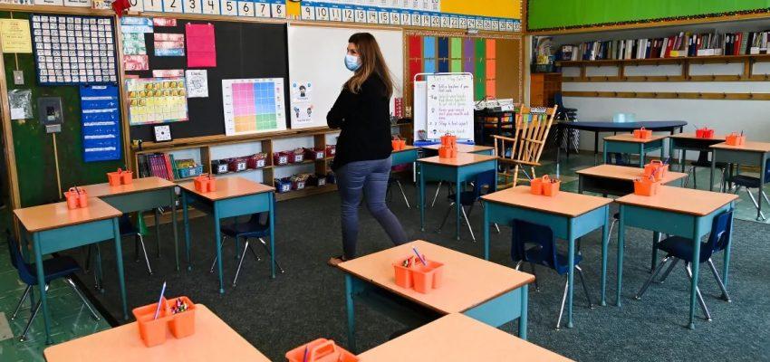 تعلن أونتاريو عن جدول عودة الصفوف المدرسية الزمنى