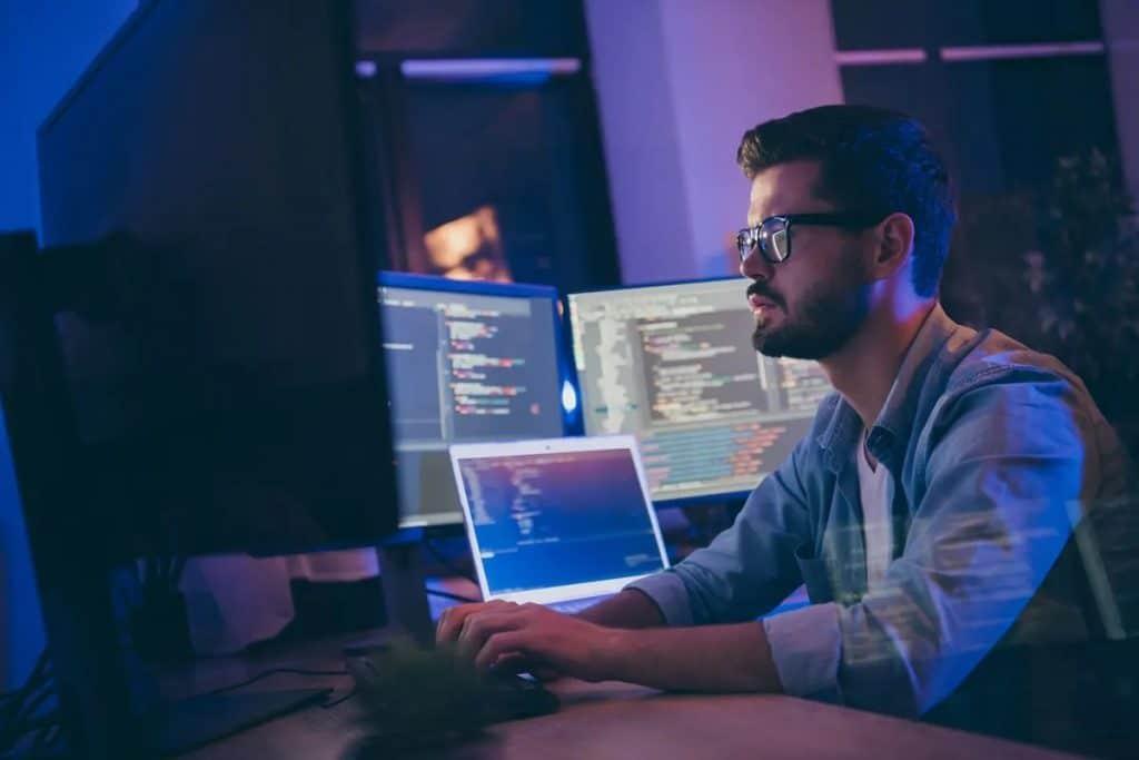 تقوم كيبيك بتحديث قائمة المهن المستهدفة لعملية LMIA الميسرة