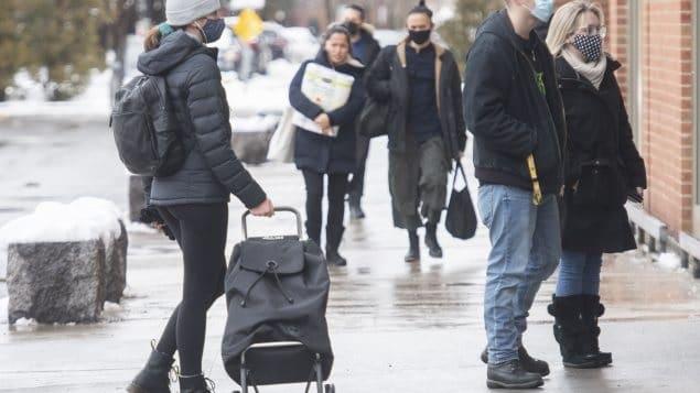 عشرات الإصابات فى مونتريال بالفيروس الجديد المتغير