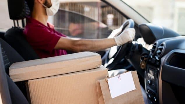 مساعدة عمال التوصيل لظروف عمل عادلة فى كندا