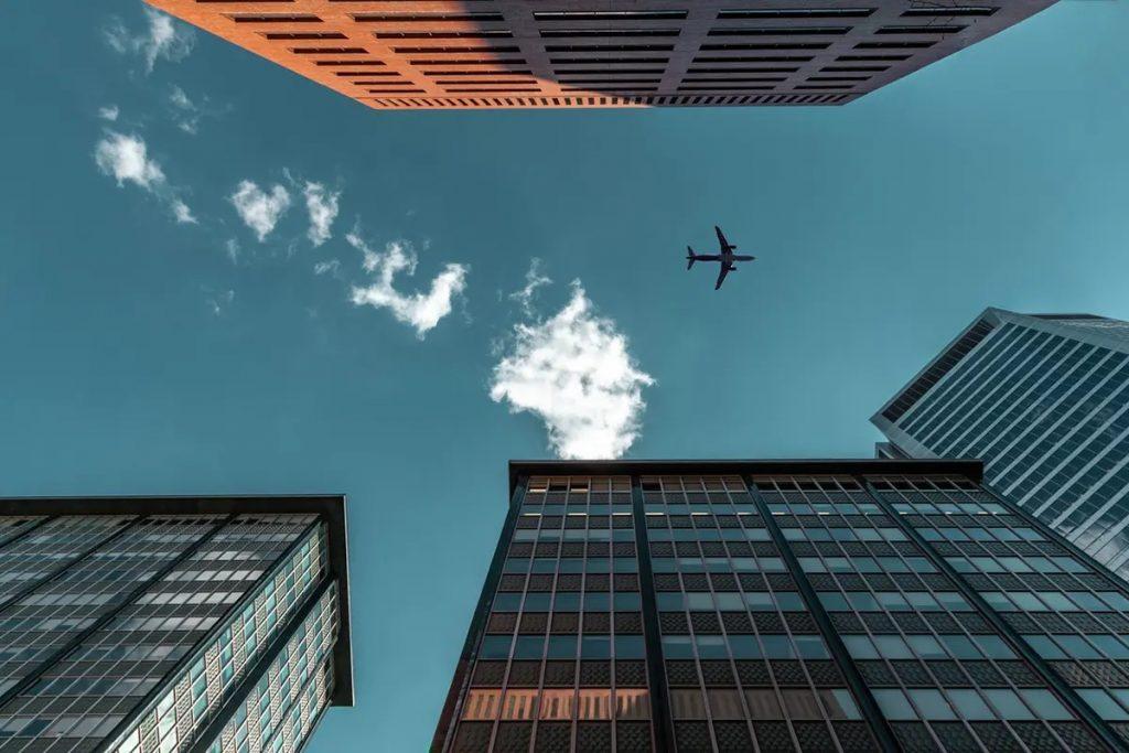 يجب على المسافرين جوا إلى كندا إلتزام الحجر الصحي في الفندق بداية من 22 فبراير