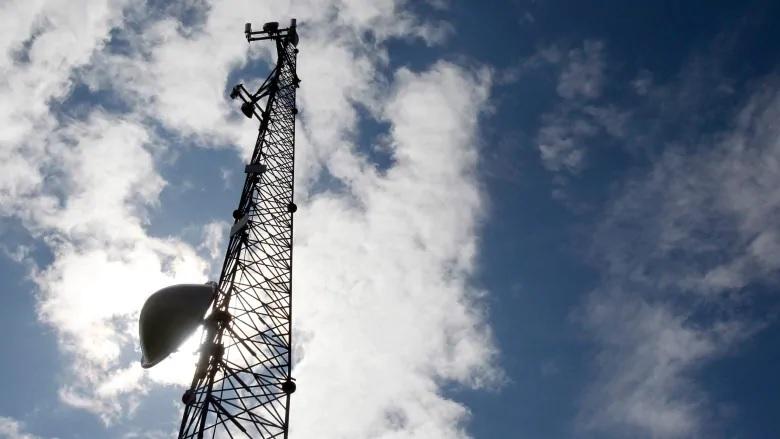 أعلن ترودو وليجولت عن خطة لجلب المزيد من الإنترنت عالى السرعة إلى كيبيك