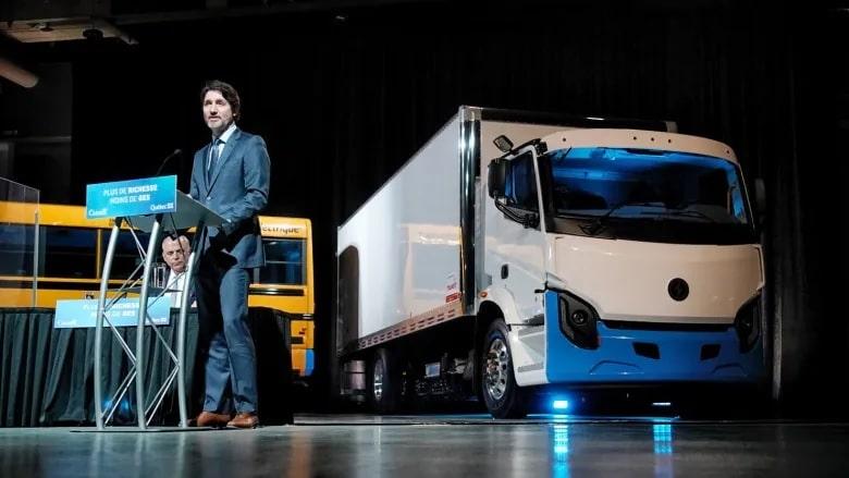 تستثمر الحكومة الكندية فى مصنع بطاريات السيارات الكهربائية