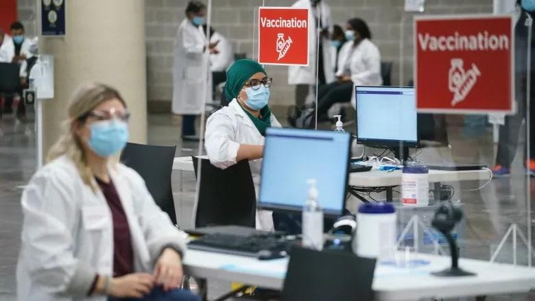 تطعيم العمال غير المسجلين فى كندا