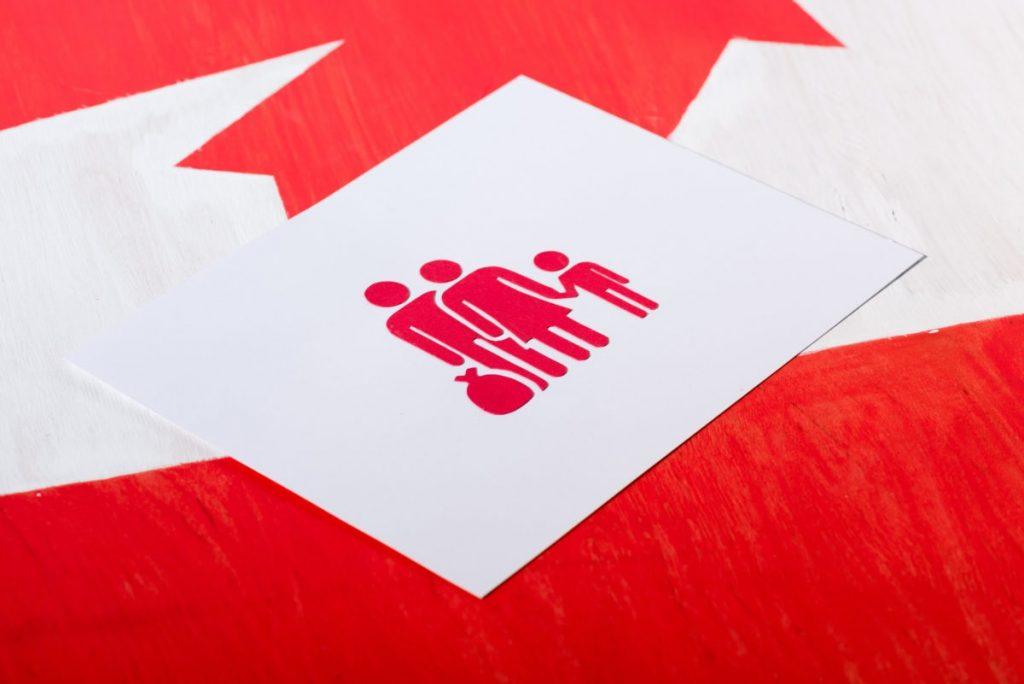 تقبل كندا طلبات الكفالة الزوجية أو بموجب القانون العام من رعايا أجانب خارج الوضع القانونى