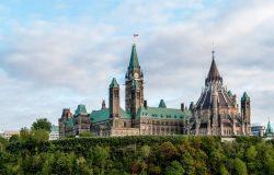 رئيس الوزراء السابق يريد زيادة عدد سكان كندا إلى 100 مليون