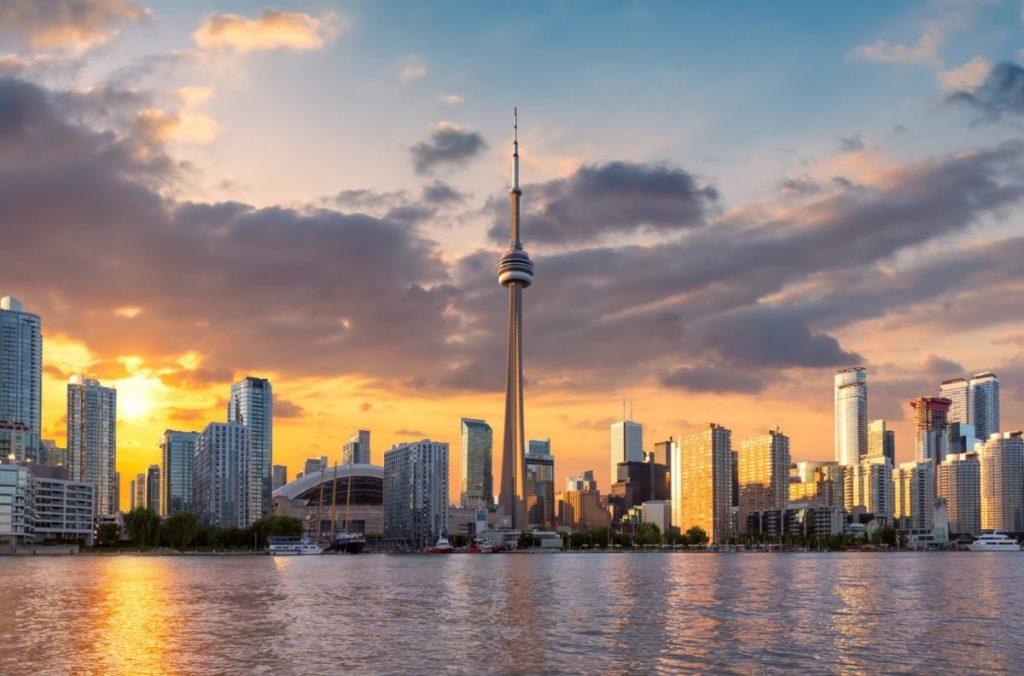 أونتاريو تعقد أول سحب لتيار الطلاب الدوليين