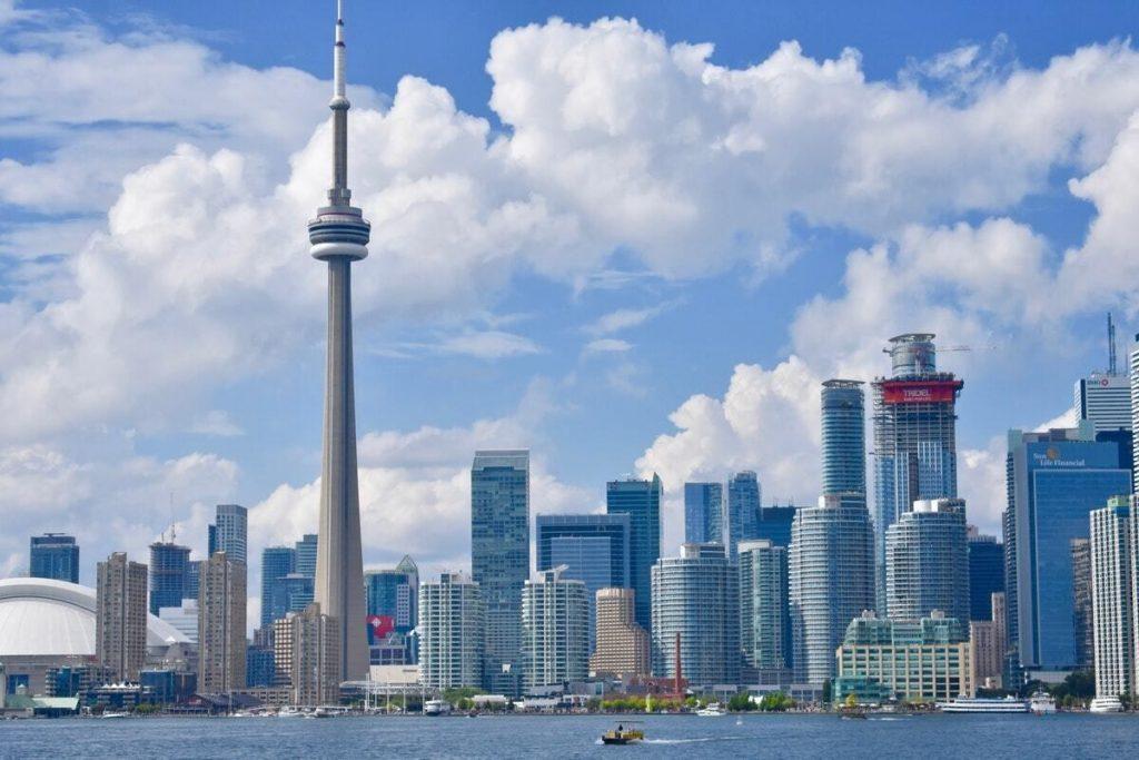 إطلاق مسارات الإقامة الدائمة الجديدة فى كندا