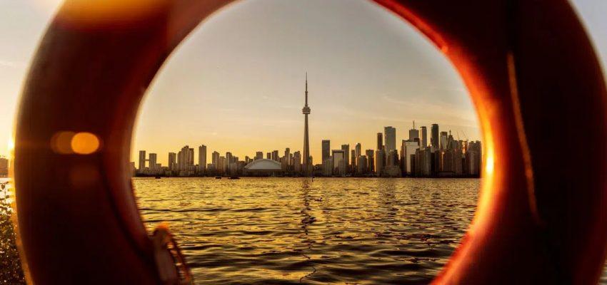 رحبت كندا بأكثر من 35000 مهاجر جديد